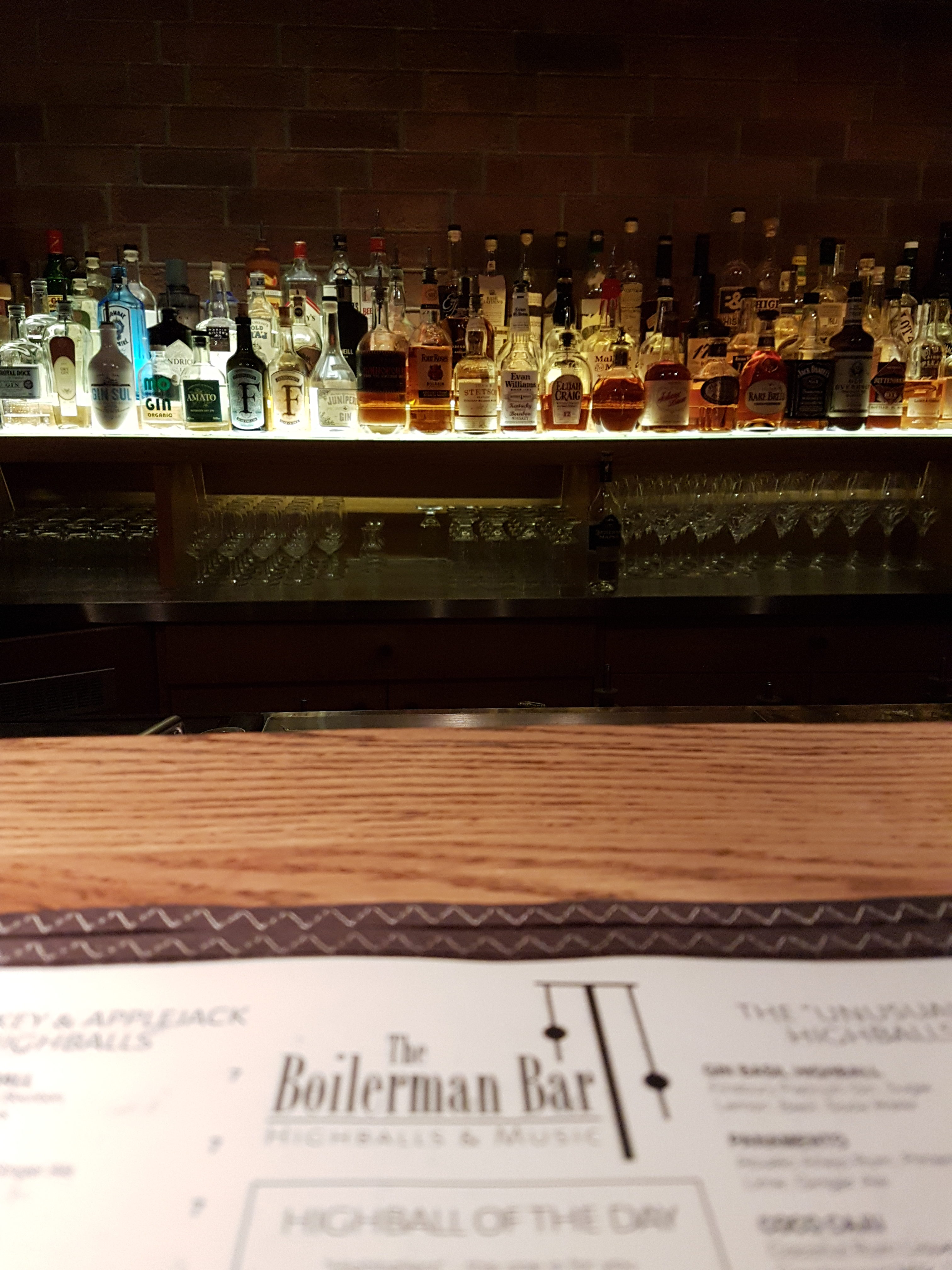 Theke der Boilerman Bar